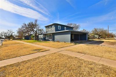 926 CEDAR ST, Abilene, TX 79601 - Photo 1