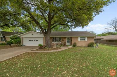 2204 11TH ST, BROWNWOOD, TX 76801 - Photo 1