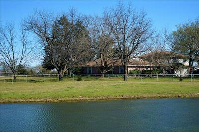 2304 E WINTERGREEN RD, HUTCHINS, TX 75141 - Photo 1