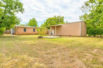 1104 ELIZABETH BLVD, Granbury, TX 76048 - Photo 2