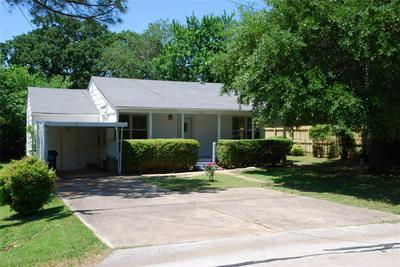 105 N SULPHUR ST, Kennedale, TX 76060 - Photo 1