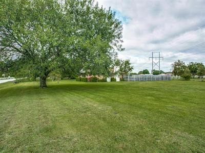 715 PIERCE RD, Red Oak, TX 75154 - Photo 2