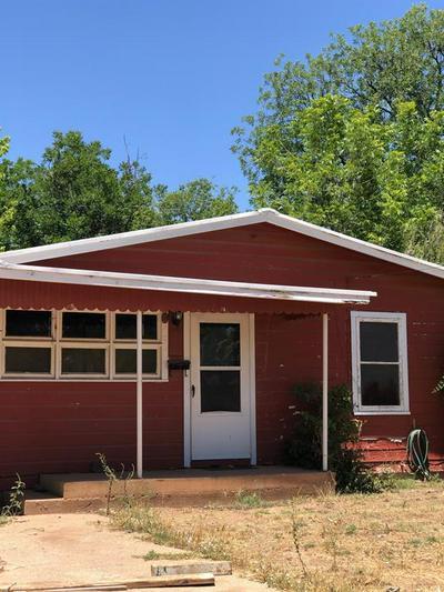 210 ROBERTS ST, Winters, TX 79567 - Photo 1