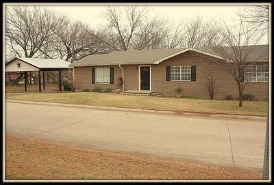 302 BROCKETT ST, AUBREY, TX 76227 - Photo 2