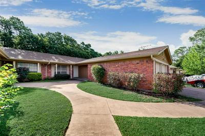 504 BILLIE RUTH LN, Hurst, TX 76053 - Photo 2