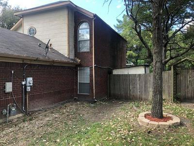 1840 MCALISTER ST, Cedar Hill, TX 75104 - Photo 2