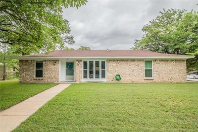 325 STEFANIE ST, Burleson, TX 76028 - Photo 2