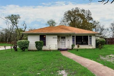 1503 WALNUT ST, GREENVILLE, TX 75401 - Photo 2