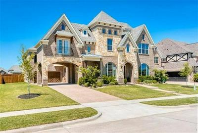 8604 TUSCAN OAKS DR, McKinney, TX 75071 - Photo 1