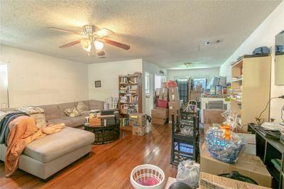 1009 E ELM ST, Hillsboro, TX 76645 - Photo 2