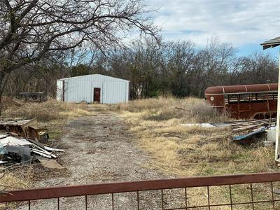 521 N 2ND ST, JACKSBORO, TX 76458 - Photo 1