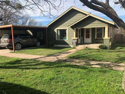 601 E ROTAN ST, STAMFORD, TX 79553 - Photo 1