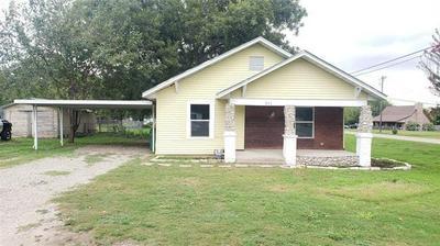 211 S WICKHAM ST, Alvord, TX 76225 - Photo 1