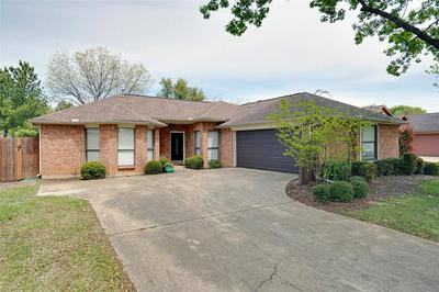 2220 WOODVIEW DR, FLOWER MOUND, TX 75028 - Photo 2