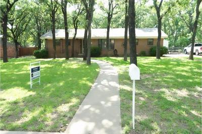 13 ROBINHOOD DR, Bridgeport, TX 76426 - Photo 1