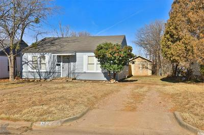 2726 S 10TH ST, Abilene, TX 79605 - Photo 2
