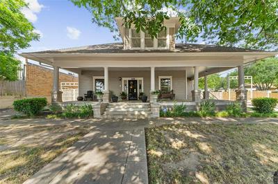 105 N MERRIMAC ST, Weatherford, TX 76086 - Photo 2
