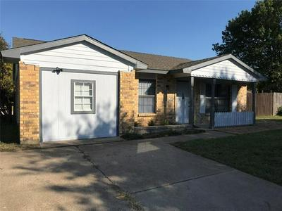 455 VINCENT ST, Cedar Hill, TX 75104 - Photo 1
