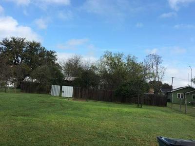 602 W CENTRAL AVE, COMANCHE, TX 76442 - Photo 1