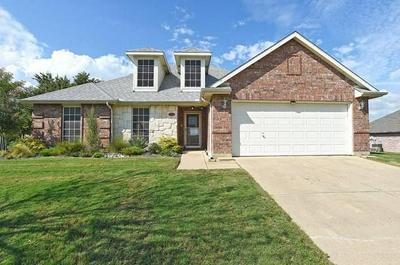 901 VALLEY CIR, Justin, TX 76247 - Photo 1