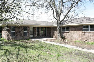 1500 NUGENT ST, BOWIE, TX 76230 - Photo 1