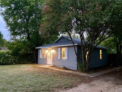 216 HALLVALE DR, White Settlement, TX 76108 - Photo 1