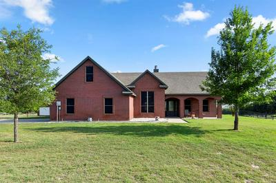 1585 COUNTRY PLACE RD, Weatherford, TX 76087 - Photo 1
