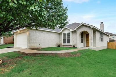 9904 BLUE BELL DR, Fort Worth, TX 76108 - Photo 2