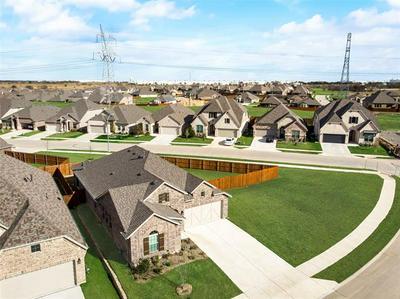 14300 TUPPER TRL, Fort Worth, TX 76262 - Photo 2