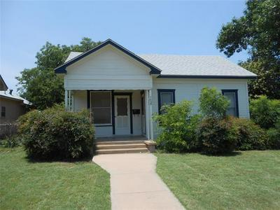 702 VINE ST, Abilene, TX 79602 - Photo 1