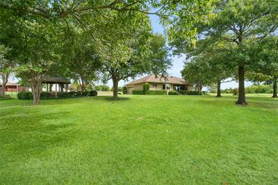 6302 KNOB HILL RD, Howe, TX 75459 - Photo 1
