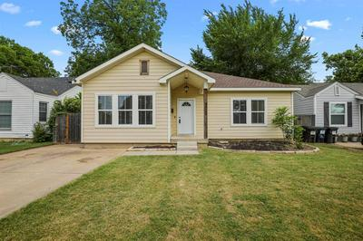 4004 CALMONT AVE, Fort Worth, TX 76107 - Photo 1