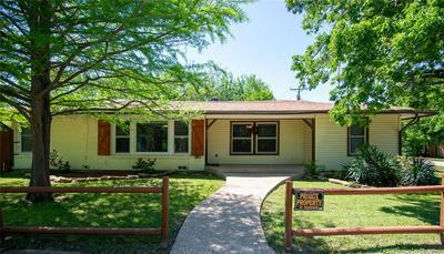 311 N FRIOU ST, Alvarado, TX 76009 - Photo 1