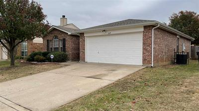 1625 WHISPERING COVE TRL, Fort Worth, TX 76134 - Photo 2
