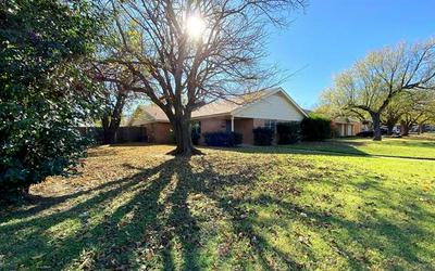 957 E NORTH 12TH ST, Abilene, TX 79601 - Photo 2
