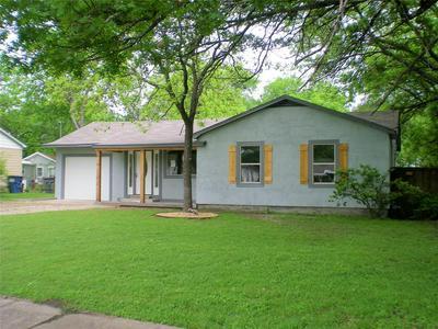 261 E COLONIAL DR, LANCASTER, TX 75134 - Photo 1