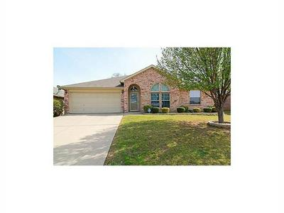 2007 SWORD FISH DR, Mansfield, TX 76063 - Photo 2
