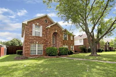 2129 VALLEY FALLS AVE, Mesquite, TX 75181 - Photo 2