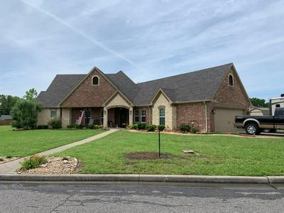 2224 FLORA LN, Denison, TX 75020 - Photo 2