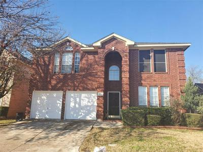 911 HARWOOD CT, EULESS, TX 76039 - Photo 1