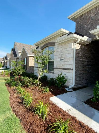 5806 MELVILLE LN, Forney, TX 75126 - Photo 2