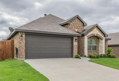 2509 WEATHERFORD HEIGHTS DR, Weatherford, TX 76087 - Photo 2
