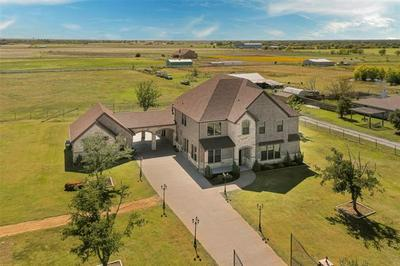 13550 PRIVATE ROAD 5805, Pilot Point, TX 76258 - Photo 2