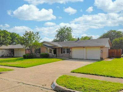 1009 CARDINAL LN, Richardson, TX 75080 - Photo 1
