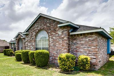 912 MOORE ST, Cedar Hill, TX 75104 - Photo 2