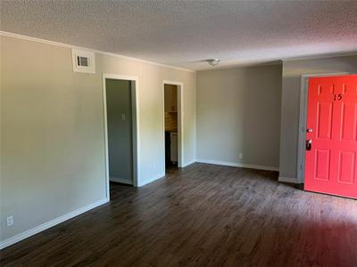 429 JOHNSON ST APT 7, Longview, TX 75602 - Photo 2