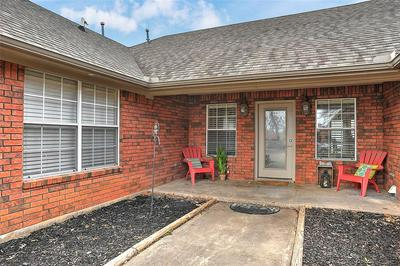 114 4TH ST, Whitesboro, TX 76273 - Photo 1