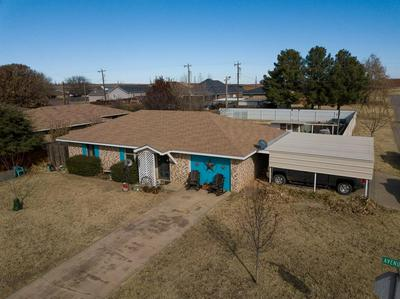 1400 AVENUE K NW, Childress, TX 79201 - Photo 2