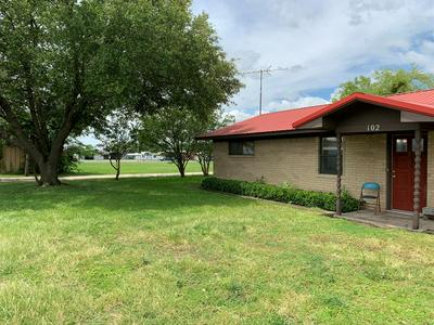 102 S 4TH ST, Mabank, TX 75147 - Photo 2