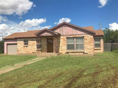519 COMMERCIAL AVE, Anson, TX 79501 - Photo 1